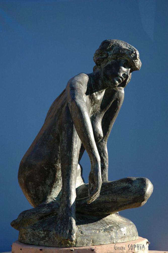 Bronze sculpture Autumn