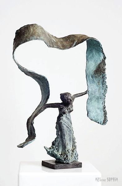 Bronze sculpture Isadora Duncan
