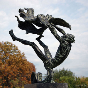 Bronze sculpture Jacob fighting the angel
