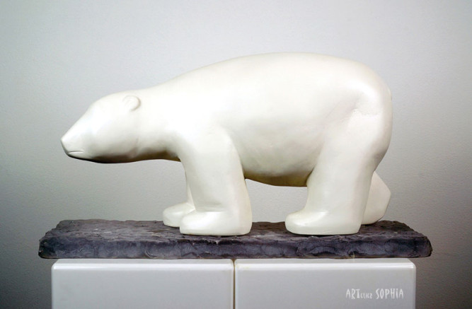Stone sculpture Polar bear
